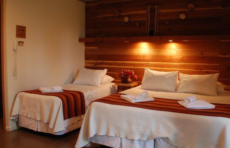 Hotel Cumbres del Sur, en el centro de Pucón.